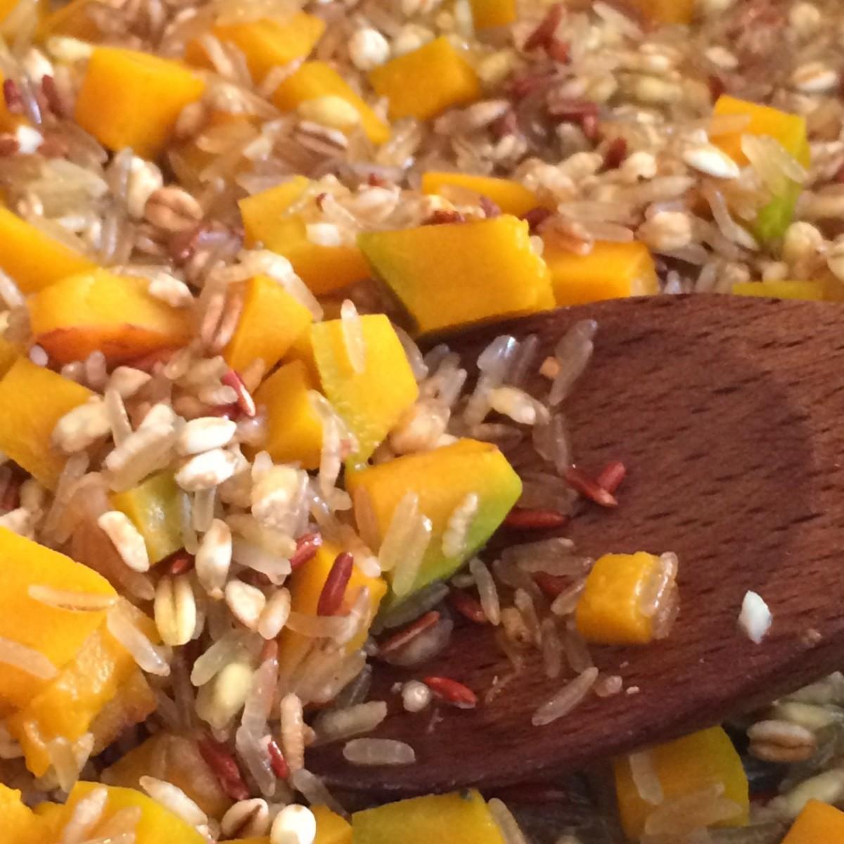 Mix di cereali alla zucca e funghi porcini