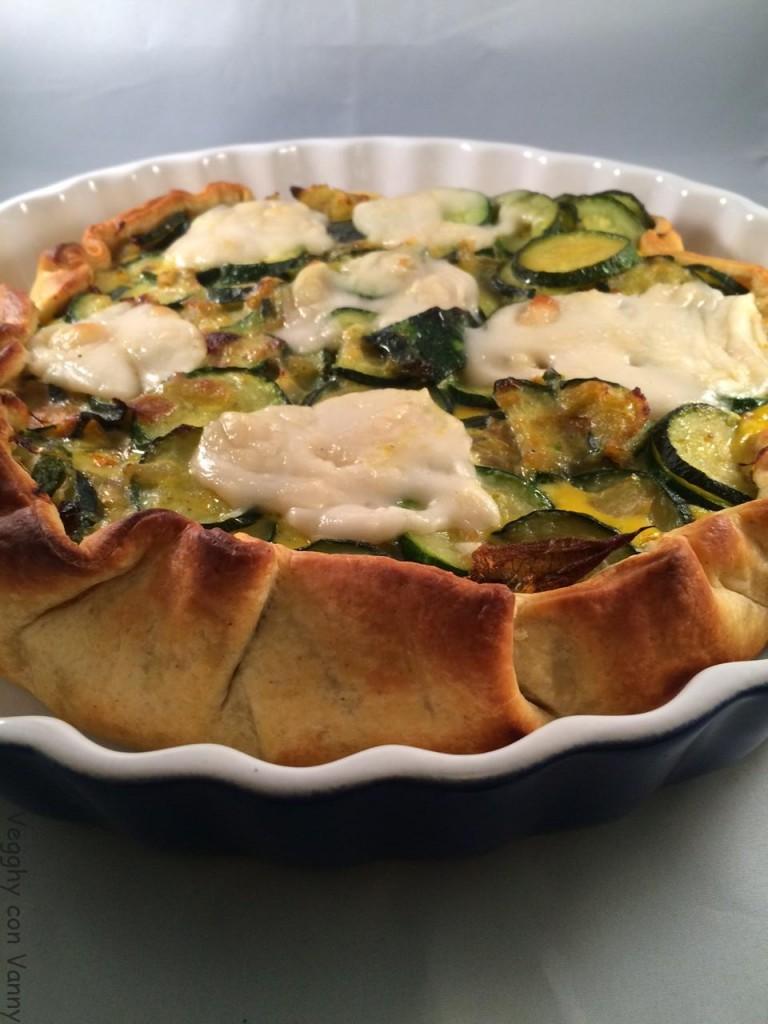 Torta rustica con zucchine e cipolle