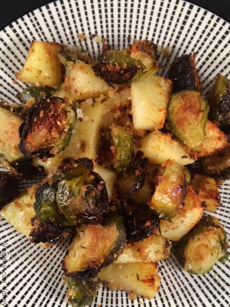 Cavolini di Bruxelles e patate al forno