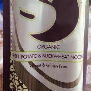 Noodle di grano saraceno e patate dolci