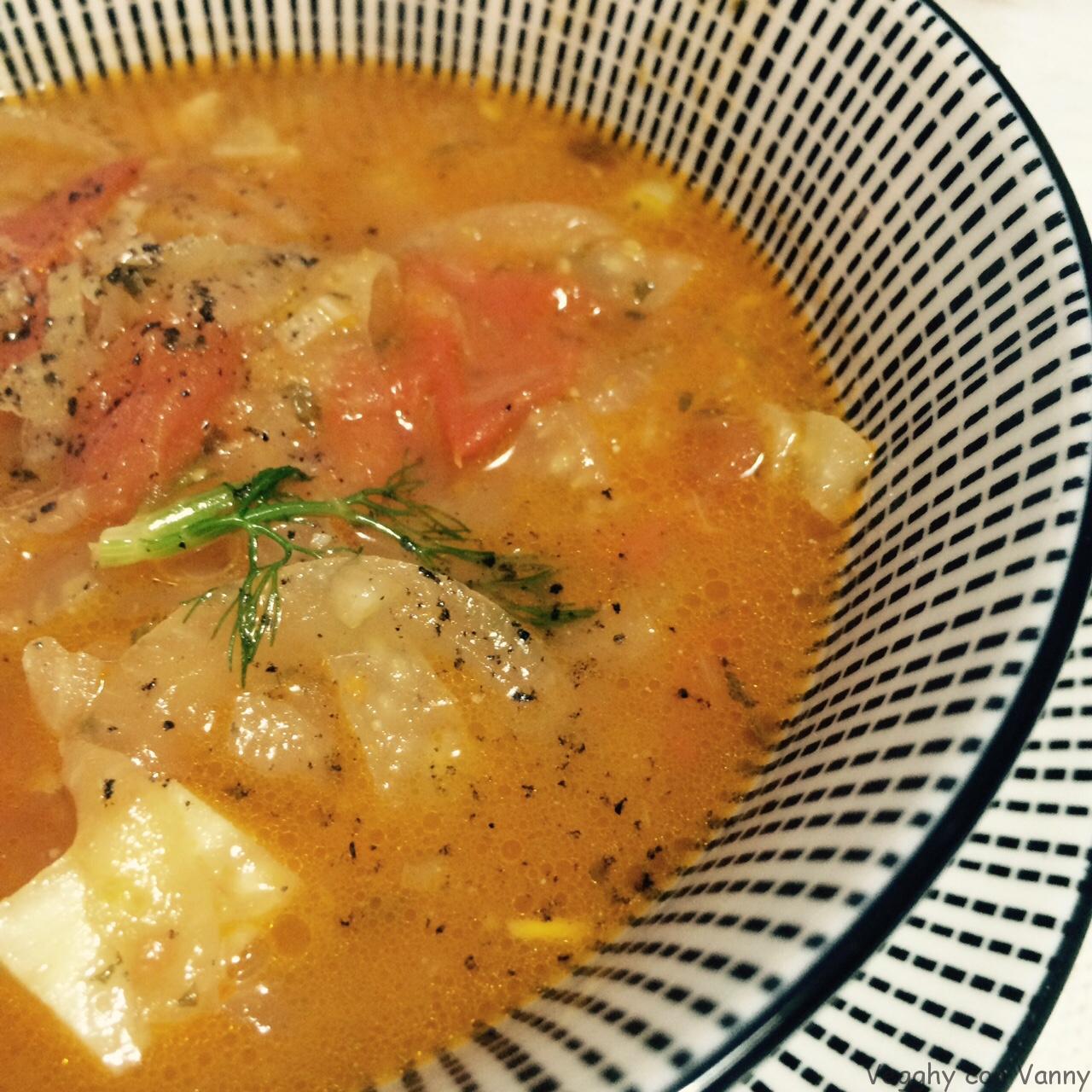 Zuppa di finocchi e pomodori