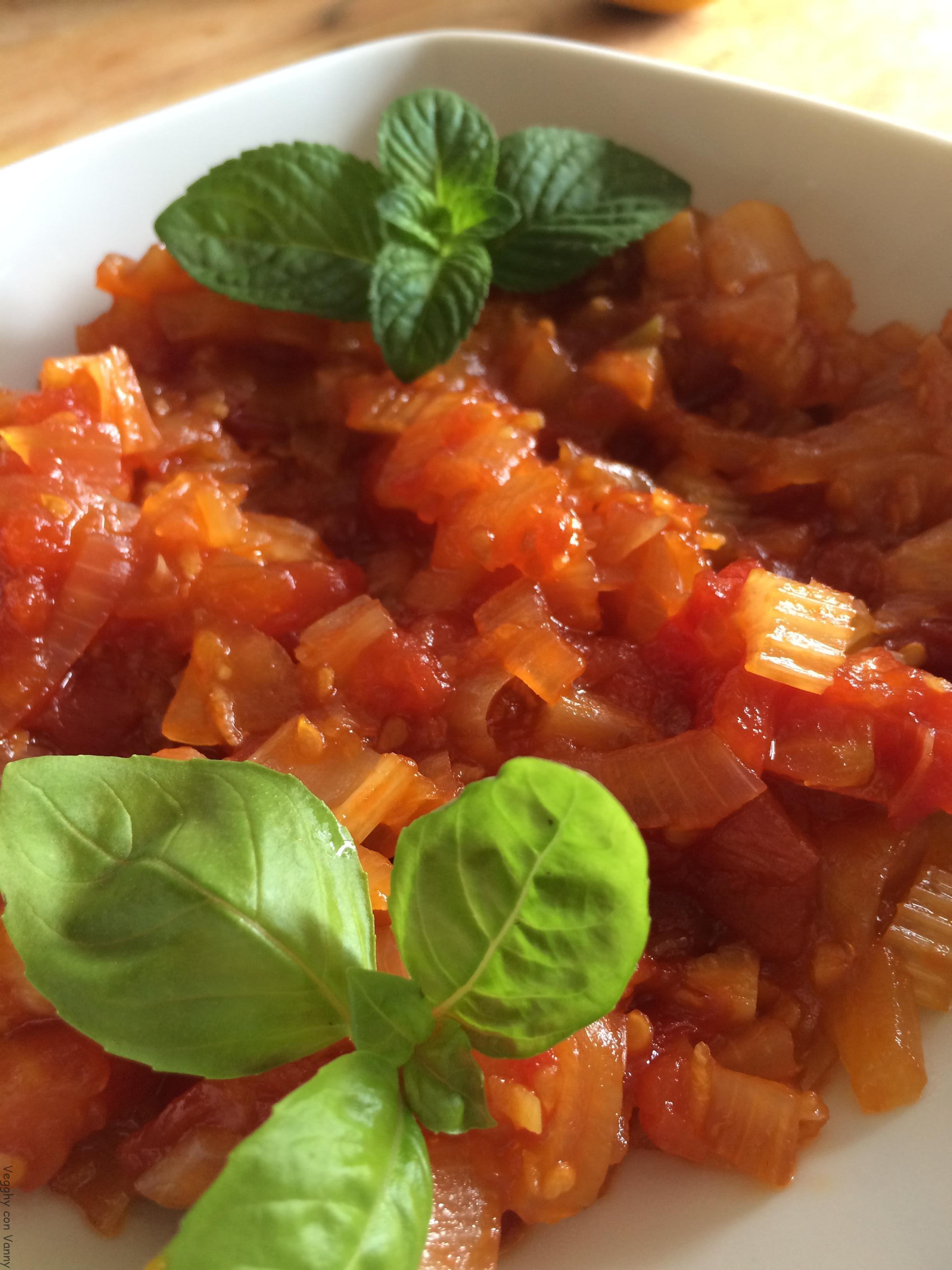 Chutney di pomodori e sedano