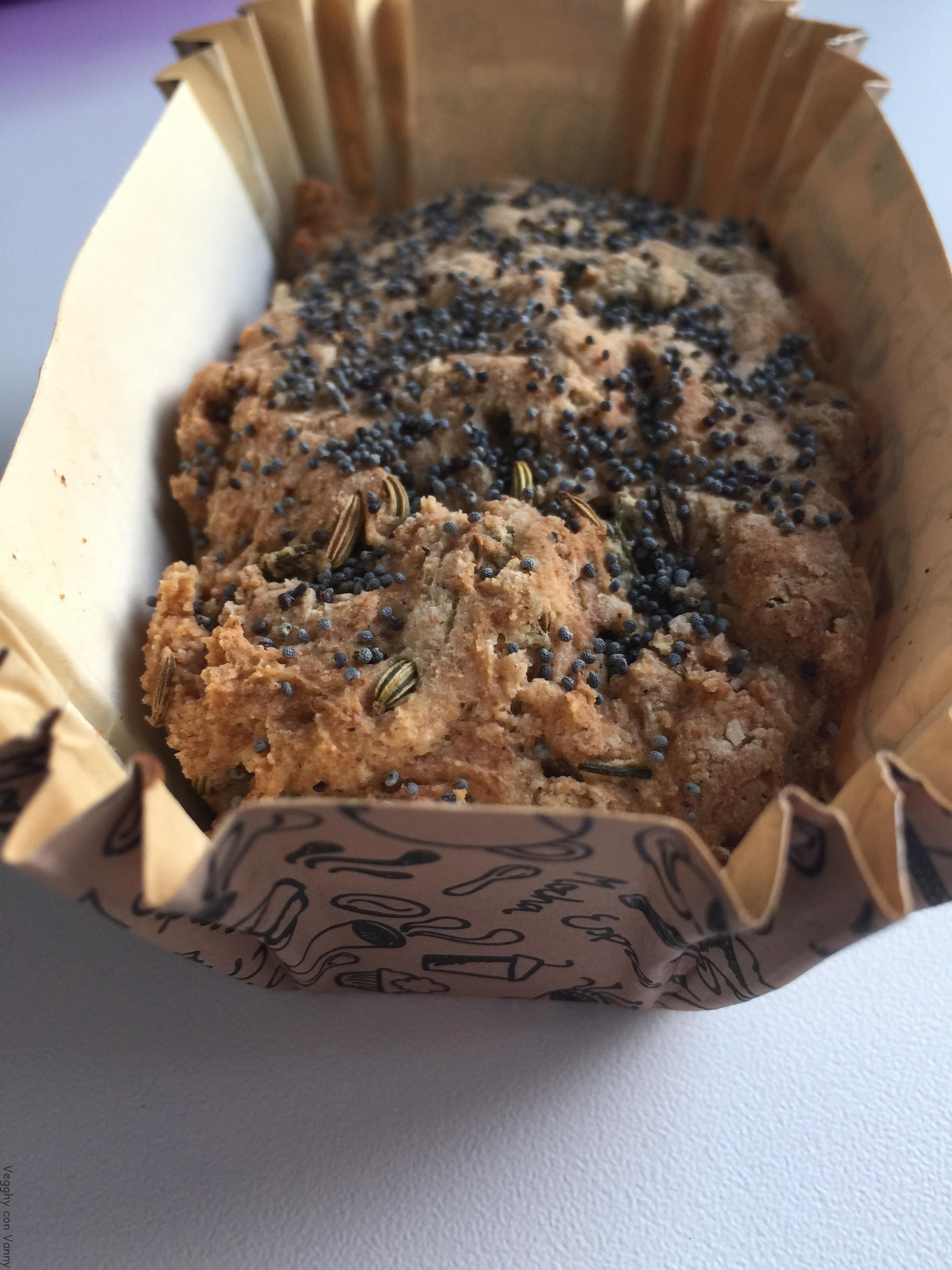Panini senza glutine con semi di finocchio e papavero