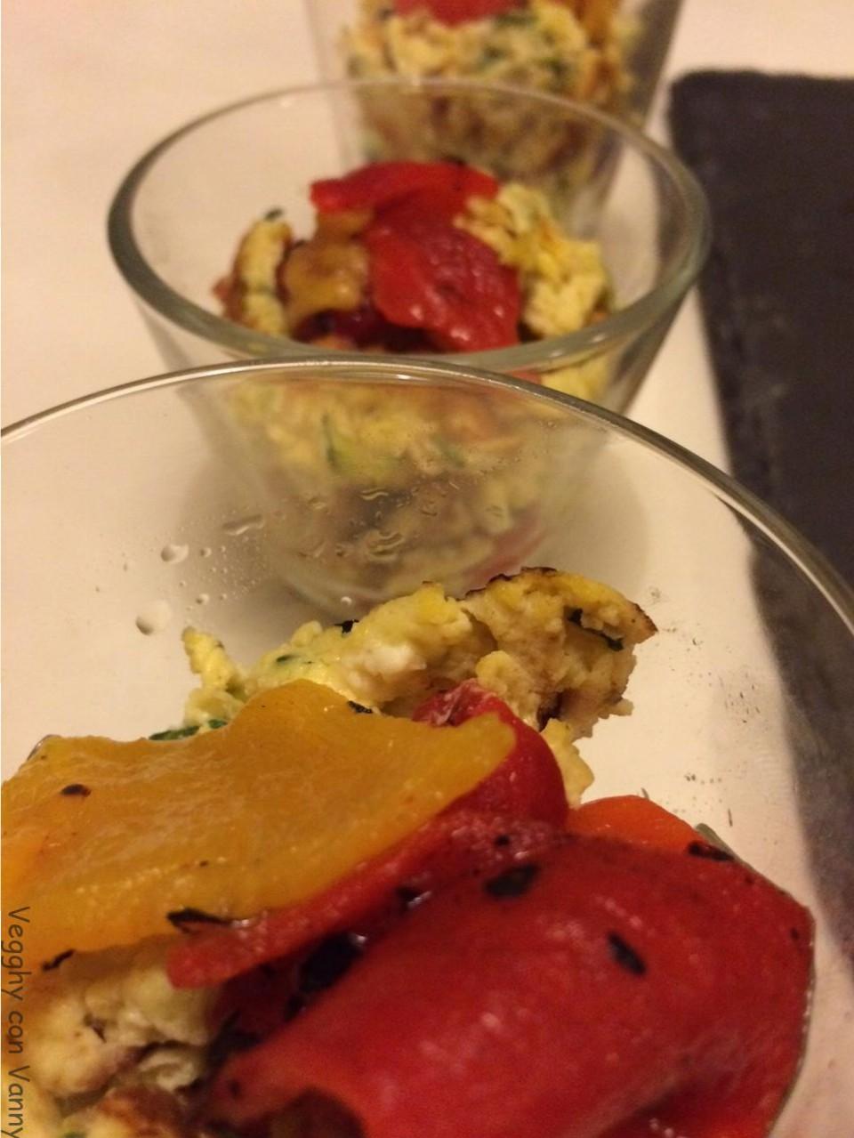 Bicchierini di zucchine strapazzate alla feta