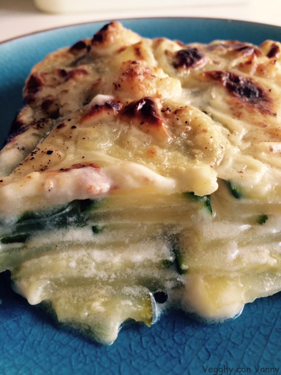 Lasagne bianche di zucchine e patate con stracchino di riso