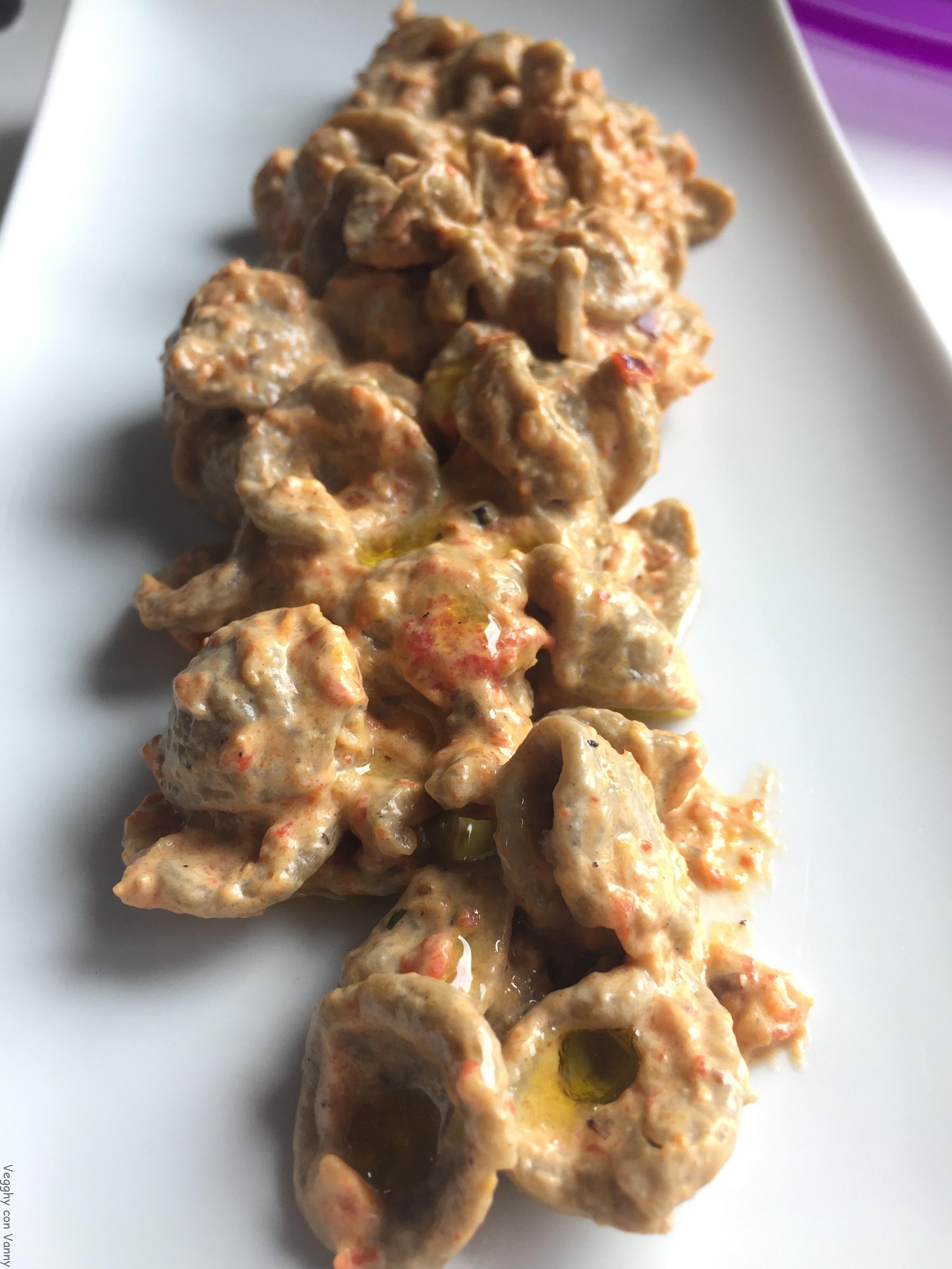 Orecchiette di grano arso con crema di peperoni arrosto