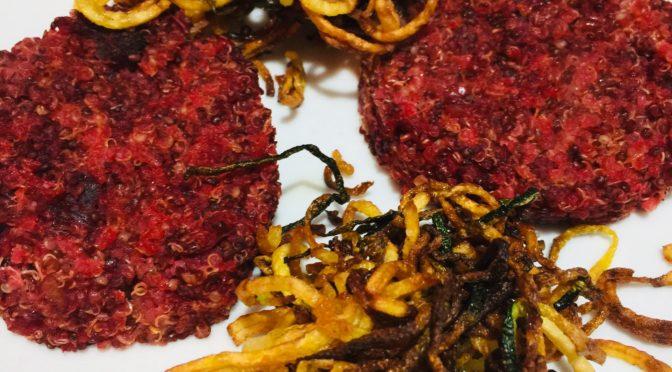 Vegan burger di quinoa e rapa rossa